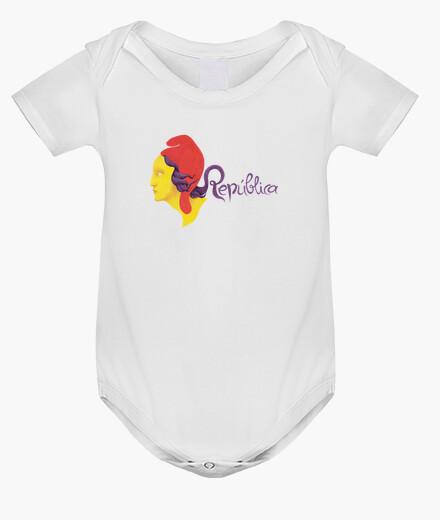 Ropa infantil República 3