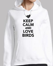 reste calme et aime les oiseaux