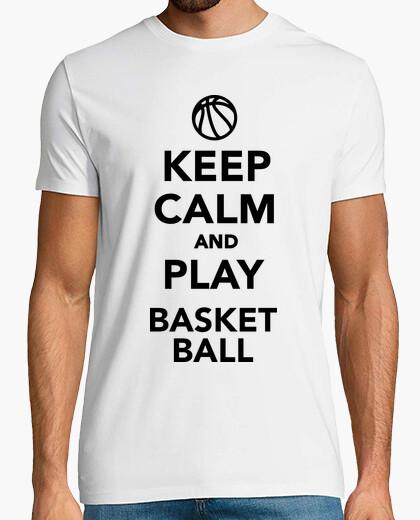Tee-shirt reste calme et joue au basket