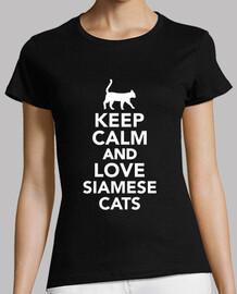 reste calme et love chats siamois