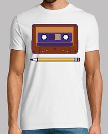 ricordi vintage cassette e matita