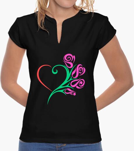 Camiseta Rosas con corazón color