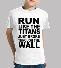 RUN! TITANS!