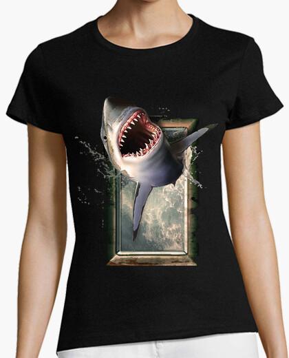 T-shirt salto con gli squali