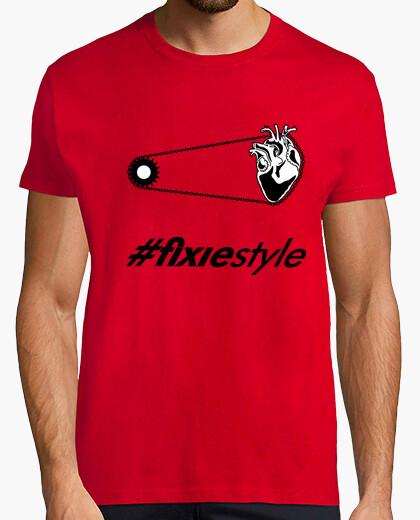 Tee-shirt shirt de coeur rouge