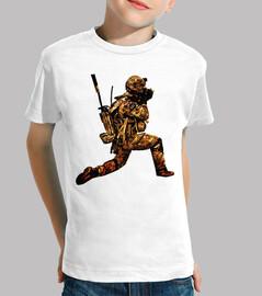 soldat / fusil / armes / réaliste