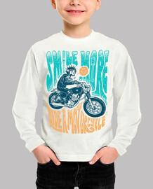 sonrie mas anda en moto
