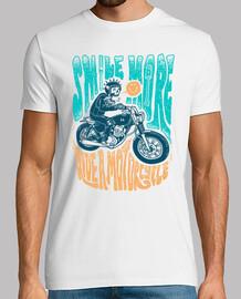 sonríe más en una motocicleta