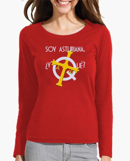 Soy asturiana, ¿y qué? fondo oscuro - Camiseta de chica de manga larga
