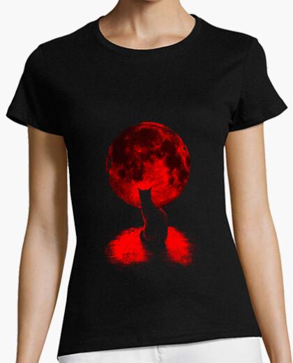 Staring at the moon t-shirt