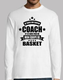 super coach fier de mon équipe de baske