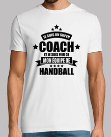 super coach fier de mon équipe de hand