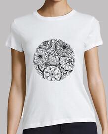 t-shirt cerchio di mandala, donna