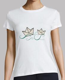 t-shirt paper boats