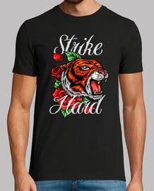 t-shirt tattoo tigre giungla animale tatuaggio felino sciopero tigri hard vintage vintage