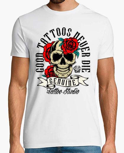 Camiseta Tattoos Calaveras Rosas Rojas...
