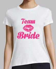 team bride kiss