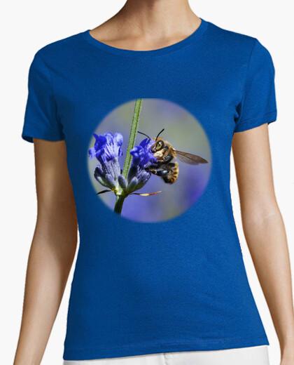 Tee-shirt abeille sur les fleurs de...