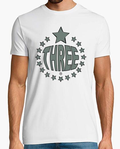Camiseta THREE