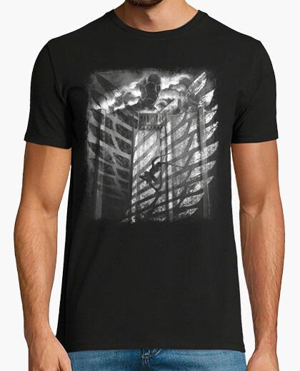 Camiseta titán