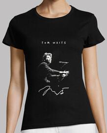 Tom attend-piano-musique-musicien