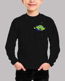 Toy alien in a pocket camiseta niño