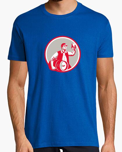 Camiseta trabajador americano de la cerveza de barril tostadas circl taza