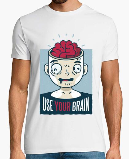 T-shirt usa il tuo cervello