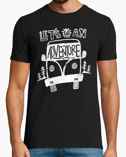 Camiseta vamos a una aventura para el color oscuro