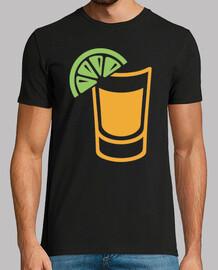 vaso de tequila con rodaja de limon