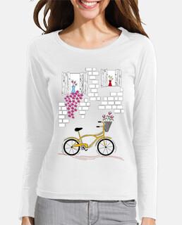 vélo balcon fleuri