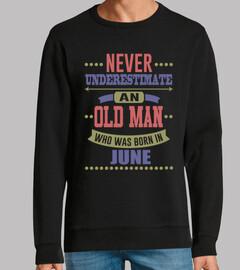vieil homme né en juin