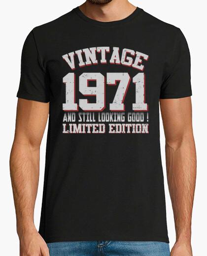 Tee-shirt vintage 1971 et stiil regarde bien