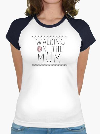 T-shirt walking sul mum