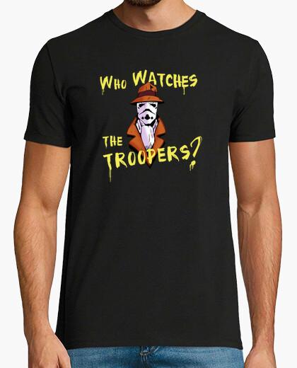 Tee-shirt who surveille les soldats?