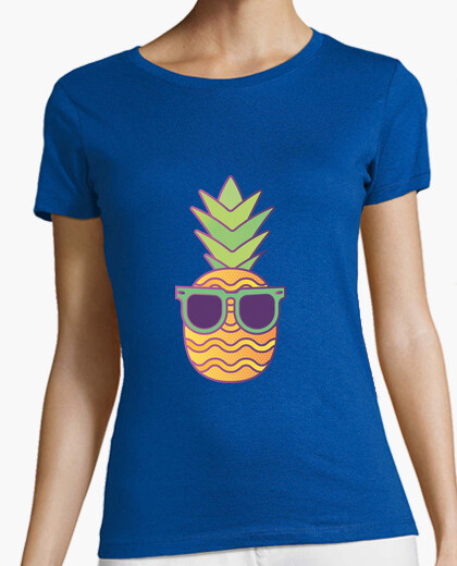 Woman - cool pineapple t-shirt