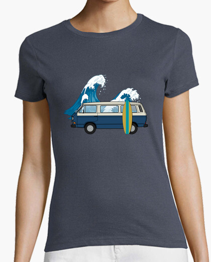 Woman t3 surfing blue wave t-shirt