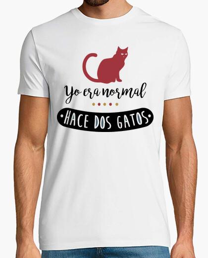 Camiseta Yo era normal hace dos gatos
