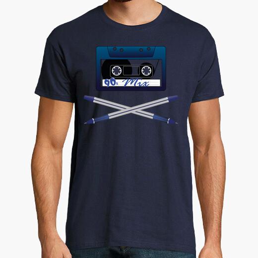 Camiseta Cinta de Cassette con Boligrafos