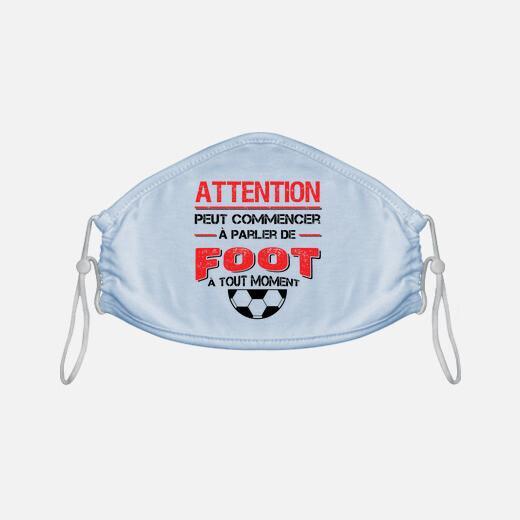 Mascarilla atención hablar sobre fútbol...