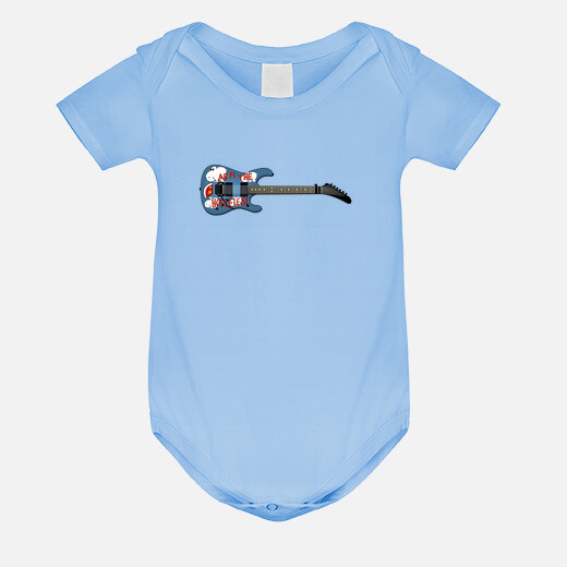 Ropa infantil efedefunko © ArmTheHomeless...